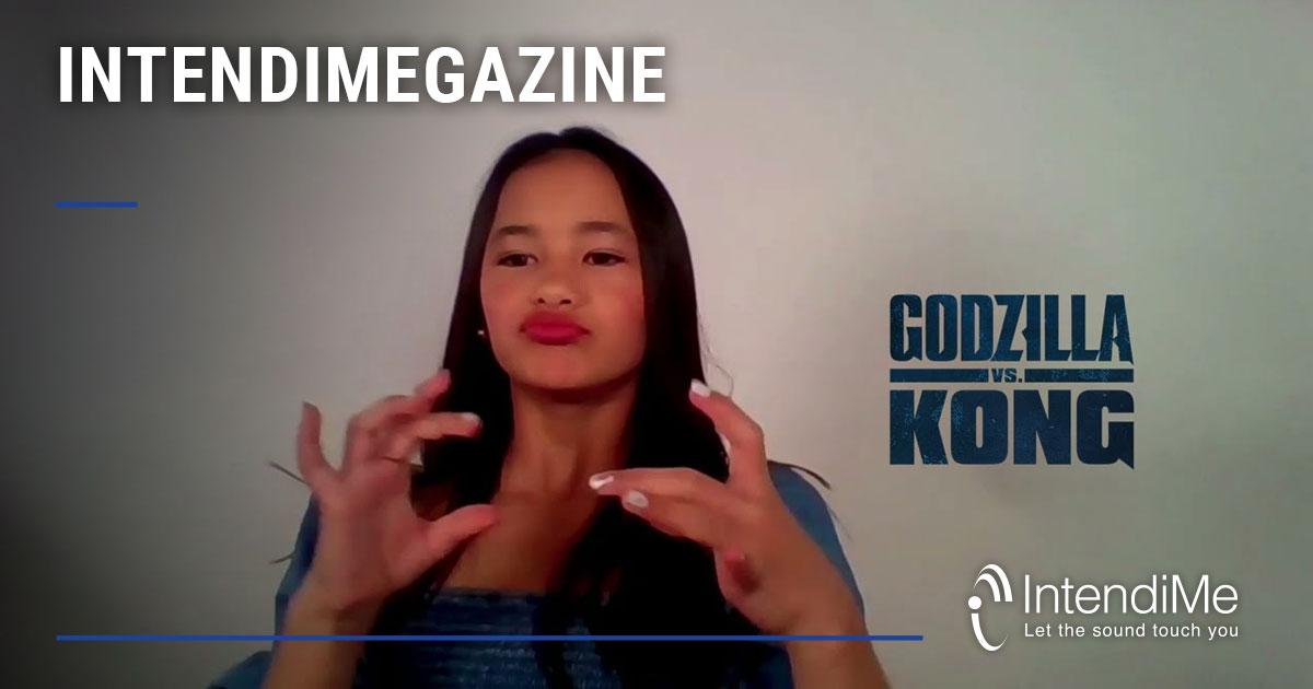 Kaylee Hottle, la piccola attrice sorda che insegna la lingua dei segni sul set